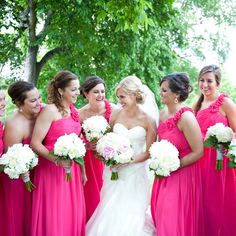 Pink bridesmaid dresses | Photographer: Kris Kandel