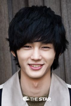 Lee Won Geun - this kid! So charismatic and has the greatest smile.