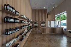 Photo source: Dezeen - Books + Scarpa recycles cardboard tubes and paper for Los Angeles Aesop store interior. Reclaimed cardboard tubing from fabric rolls used by the nearby fashion district line the walls // Interior Design Canapé Design, Store Design, House Design, Interior Design, Wall Design, Cabinet D Architecture, Architecture Design, Tienda Aesop, Aesop Store