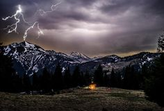 🇷🇺──────────── Страна: Румыния Карпаты, гроза в ночном небе. 🇬🇧──────────── Country: Romania Carpathian mountains, a thunderstorm in the night sky.