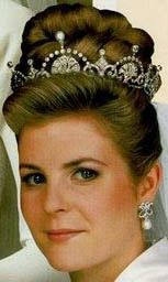 Tiara Mania: Queen Elizabeth of the United Kingdom's Lotus Flower Tiara