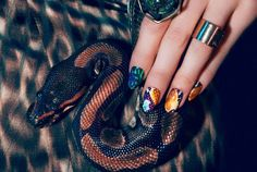 nail-stickers_lookdujoursite.wordpress