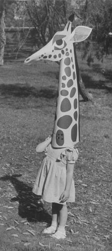 Eames-Paper-Costumes-4.png (226×504)