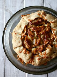 This apple cheddar galette is the perfect combination of sweet and savory. So simple to make and perfect for breakfast or dessert.