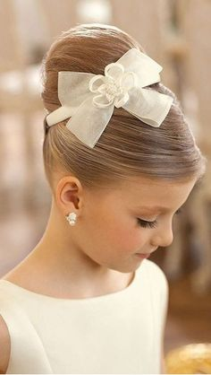 38 Super Cute Little Girl Hairstyles For First Communion