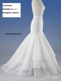 CANCAN PARA NOVIA. Wedding Dress Patterns, Wedding Dresses, Couture Sewing Techniques, Quince Dresses, Skirt Patterns Sewing, Mom Dress, Homecoming Dresses, Dress Making, Designer Dresses