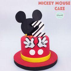 Torta de MIckey Mouse en Medellín por Dulcepastel.com - Tortas temáticas en Medellín - PBX 56584391 - WhatsApp: 3002618653