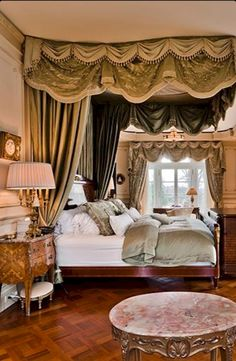 Gorgeous 55 Romantic Mediterranean Master Bedroom Ideas https://homstuff.com/2017/10/04/55-romantic-mediterranean-master-bedroom-ideas/