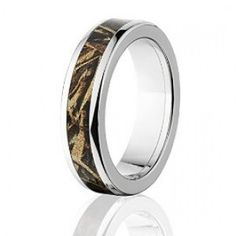 Camo Ring: Official RealTree Max 5 6mm Titanium Ring