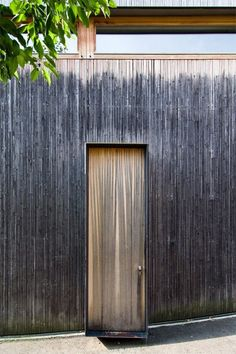 Peter Zumthor entry door to his Haldenstein studio, Switzerland 1986 Peter Zumthor, Wooden Architecture, Architecture Art Design, Architecture Details, Ancient Architecture, Sustainable Architecture, Wood Facade, Timber Cladding, Architectural Elements