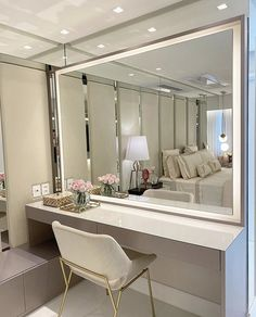 Clean and timeless room with wonderful dressing table and contour lighting in . Cute Room Decor, Teen Room Decor, Home Decor Bedroom, Beauty Room Decor, Makeup Room Decor, Makeup Studio Decor, Home Design Decor, Modern House Design, Interior Design