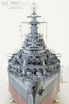 built by master modeler Kim hyun-soo, south korea Scale Model Ships, Scale Models, Croiseur Lourd, Cruisers, Model Warships, Model Ship Building, Model Hobbies, Military Modelling, Yachts