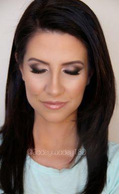 Kissable Complexions: Fresh Bridal Makeup