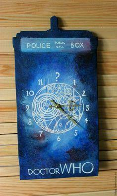 """Часы для дома ручной работы. Ярмарка Мастеров - ручная работа. Купить Настенные часы """"Тардис"""" Doctor Who. Handmade. время"""