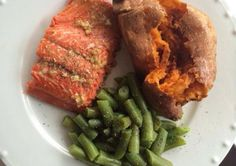 This is a simple recipe that requires minimal prep, yet is still fresh and healthy. Tonight's Milk Free Meal - Maple Glazed Salmon with Sweet Potato and Green Beans Serves 4 1 lb wild caught sockey. Dairy Free Recipes Easy, Healthy Recipes, Healthy Foods, Yummy Recipes, Maple Glazed Salmon, Salmon And Sweet Potato, Free Mom, Family Meals, Green Beans