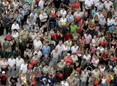 За полгода численность населения Украины сократилась на сто тысяч