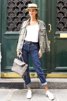 リラックス気分でシックに履く夏のパンツスタイル in パリ