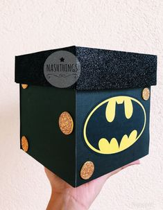 Technology Tutorial and Ideas My Best Friend's Birthday, Cute Birthday Gift, Homemade Gifts, Diy Gifts, Eid Crafts, Diy Gift Box, Love Is In The Air, Party In A Box, Valentine Box