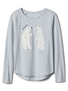 Stylish Gap girls tops and tees feature a wide variety of shirt designs and hip graphics. Find a girls t-shirt for every occasion with tanks, tunics, hoodies, roll-up t-shirts and more. Xmas Pjs, Raglan Tee, Pj Sets, Trending Now, Pyjamas, Fashion Outfits, Womens Fashion, Fashion Beauty, Fashion Edgy