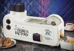 Sonhar não custa nada, né? Então fizemos uma lista dos desejos para nenhum Homer Simpson botar defeito! Tem máquina para tudo, menos para emagrecer dormindo! :D 1.Automatic Mini Donut Factory: mi…