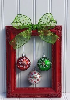 Christmas is right around the corner and here are some of the top DIY Home Christmas Decorations for 2016. Enjoy! Vintage Wanna Bee with this awesome Window Decor Listfully Blissful No Mantle Stocking Hanger Christmas Picture Frame Wreath From OdsNEndsbyAly 20 Super Easy Inexpensive Decor Ideas for Christmas Deco Inspiration: White Christmas DIY Pinecone and Burlap Decoration …