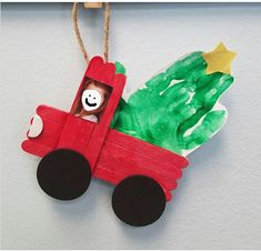 School Christmas Gifts, Toddler Christmas Gifts, Christmas Gifts For Parents, Christmas Crafts For Toddlers, Christmas Ornament Crafts, Kids Christmas, Xmas, Preschool Christmas Activities, Preschool Gifts