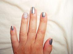 Caviar silver nails