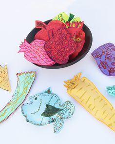 Stuffed Paper Shapes For Rosh Hashana! here's a super cute craft for Rosh HaShana that was a huge hit at our house!  Rosh HaShana Crafts Paper Simanim