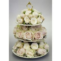awesome shabby rose centre piece
