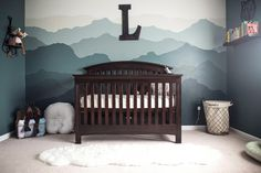 25 Gorgeous Baby Boy Nursery Ideas to Inspire You Magnificent Baby Boy Nursery Design Ideas (Pictures) – Welcome to our baby boy nursery layout suggestions where we have several pictures showcasing boy nursery style concepts. Nursery Layout, Nursery Design, Nursery Room, Girl Nursery, Nursery Decor, Baby Design, Nursery Dresser, Nursery Murals, Animal Nursery