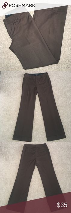New Banana Republic Martin Wide Leg pants Size 8 New with tags.  Pinstripe design.  Martin fit, wide leg with bottom leg cuff and fully lined.  41.5 inches long, inseam is 32 inches.  Width of pant leg is 10.5 inches. Banana Republic Pants Wide Leg