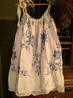 Magnolia Pearl Drawstring shirt/dress, white with blue cross stitching #MagnoliaPearl #top