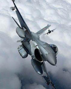 #Repost from  Aerei & Difesa / AVIONES COMBATE | Facebook by militarytopics