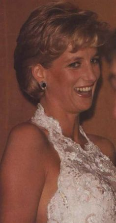 September 25, 1996: Diana, Princess of Wales attended a gala dinner to raise money for breast cancer research.