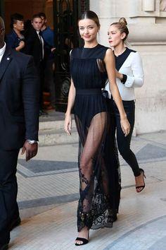 Dare to bare   Miranda Kerr looking fabulous and chic in Paris (October 2014).