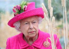 Queen Elizabeth muss sich mit neuen Rassismus-Vorwürfen stellen. Wurden ethnische Minderheiten bei der Jobvergabe in Palast benachteiligt? Prinz Philip, Prinz Charles, Princess Margaret Wedding, Trooping The Colour, Young Queen Elizabeth, Meghan Markle News, Jessica Mulroney, Die Queen, Elisabeth Ii