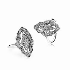 Sneak peek! The timeless quality and romance of antique lace has inspired this stunning statement ring. The 132 tiny micro-set stones are off-set by the dark oxidation creating an elegant, glittering effect. It's an absolute must-have from the upcoming Christmas collection! #PANDORA #PANDORAring