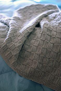 Ravelry: lchunt's Basketweave Baby Blanket