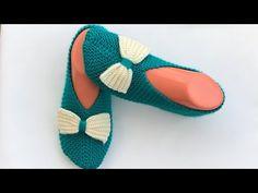 En kolay fiyonklu patik iki şiş/iki şiş patik/iki şiş patik yapımı - YouTube Slippers, Socks, Youtube, Crochet, Fashion, Crocheting, Tricot, Bebe, Moda