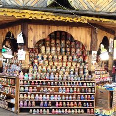 Izmailovsky Flea Market: The Best Souvenir Shopping Place in Moscow