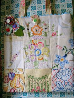 Great project for my embroidered napkins. Sweet Vintage Patchwork Embroidery Tote by Bethsbagz on Etsy Embroidery Designs, Embroidery Transfers, Vintage Embroidery, Hand Embroidery, Embroidery Scissors, Embroidery Stitches, Machine Embroidery, Christmas Embroidery, Fabric Art