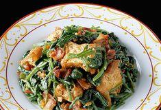 夏梅美智子さんによるほうれん草と厚揚げのカレー炒めのレシピです。料理のプロが作ったレシピなので、おいしい食事を誰でも簡単に作れるヒントが満載です。オレンジページnetの厳選レシピ集なら、今日のメニューがきっと決まります!