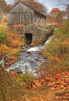 I love old barns and old bridges in the fall. by Kalison I love old barns and old bridges in the fal Old Bridges, Barn Pictures, Country Barns, Country Life, Country Living, Country Roads, Farm Barn, Country Scenes, Red Barns