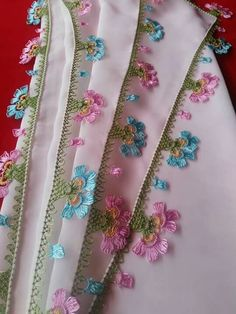 This post was discovered by ze Embroidery Suits, Hand Embroidery, Needle Lace, Lace Making, Tatting, Elsa, Sewing Patterns, Fabric, How To Make
