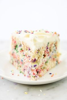 This homemade version of confetti cake has one of the tenderest crumbs ever, but the buttercream frosting with colorful sprinkles takes it over the top. Yummy Treats, Delicious Desserts, Sweet Treats, Yummy Food, Confetti Cake Recipes, Baking Recipes, Dessert Recipes, Homemade Buttercream Frosting, Icing