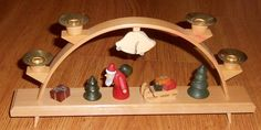 Vtg German Hand Made Wood Erzgebirge Holiday Christmas 4 Candle Arch HOKA Santa
