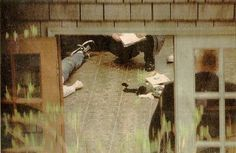 Kurt Cobain suicide scene photo