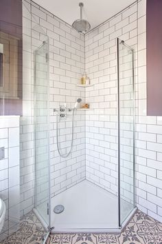 Lilac and white bathroom makeover with metro tiles and shower Diy Bathroom Decor, Bathroom Towels, Bathroom Fixtures, Bathroom Furniture, Bathroom Interior, Modern Bathroom, Bathroom Ideas, Bathroom Makeovers, Bathroom Remodeling