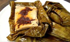 We are going to make some Oaxacan Tamales. Whether you want to make them for a holiday or just on a whim, here is the recipe. Authentic Mexican Recipes, Mexican Food Recipes, Ethnic Recipes, Tamales Gourmet, Recipes Using Bananas, How To Make Tamales, Tamale Recipe