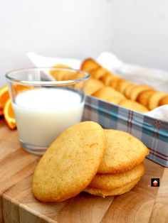 Grandma's War Time Orange Drop Cookies are an old family favorite dating back to the second world war when rationing was in force. Grandma always came up with a great cookie to enjoy! Cookie Desserts, Cookie Recipes, Dessert Recipes, Drop Cookies, Yummy Cookies, Cookies Light, Spritz Cookies, Star Cookies, Crack Crackers